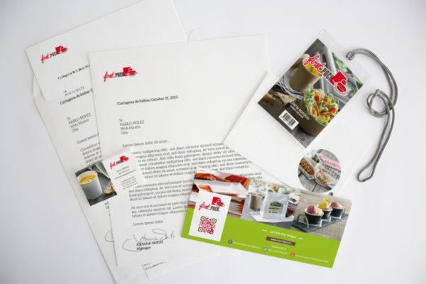 Charte graphique Firstpack, déclinaison papier entête, badge, carton d'invitation, carte di'identité